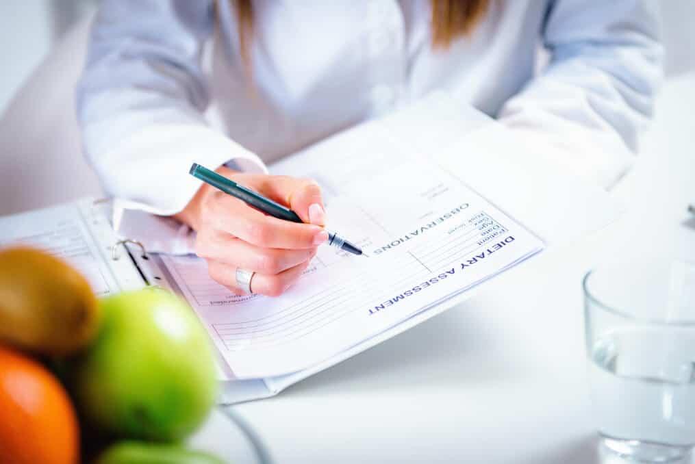 Read more about the article Perguntas mais frequentes feitas ao Nutricionista antes e após a Cirurgia Bariátrica?